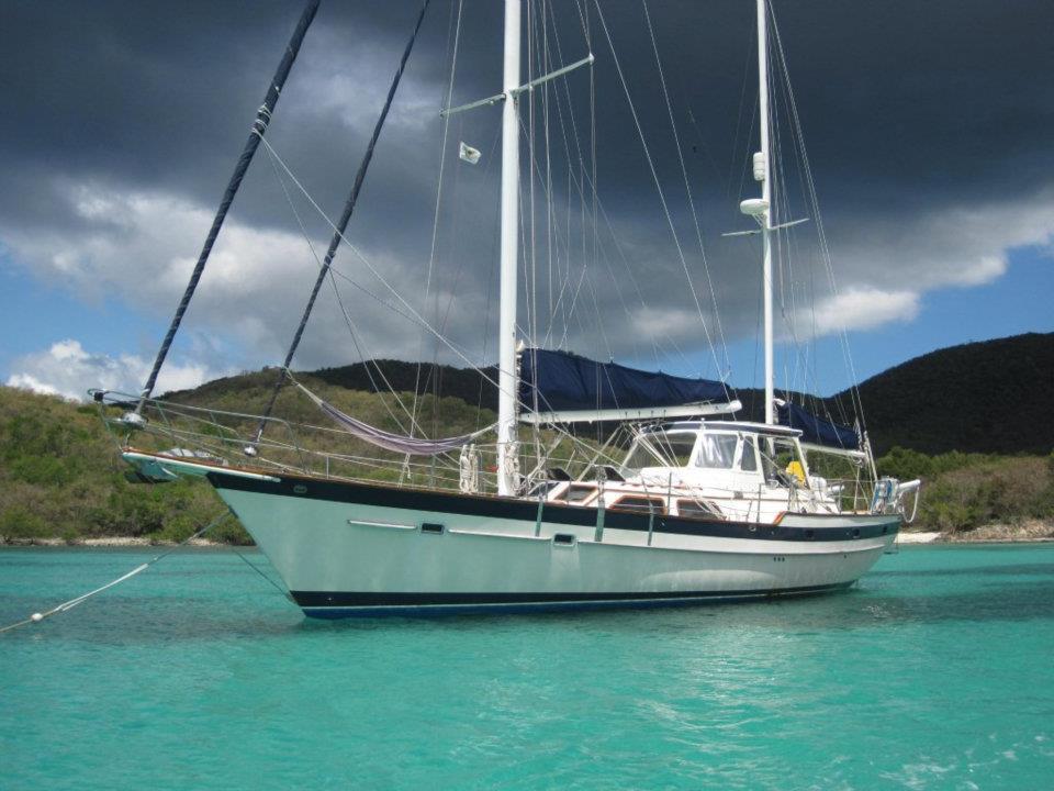 Caribbean Sailing Charters on Jalapéno